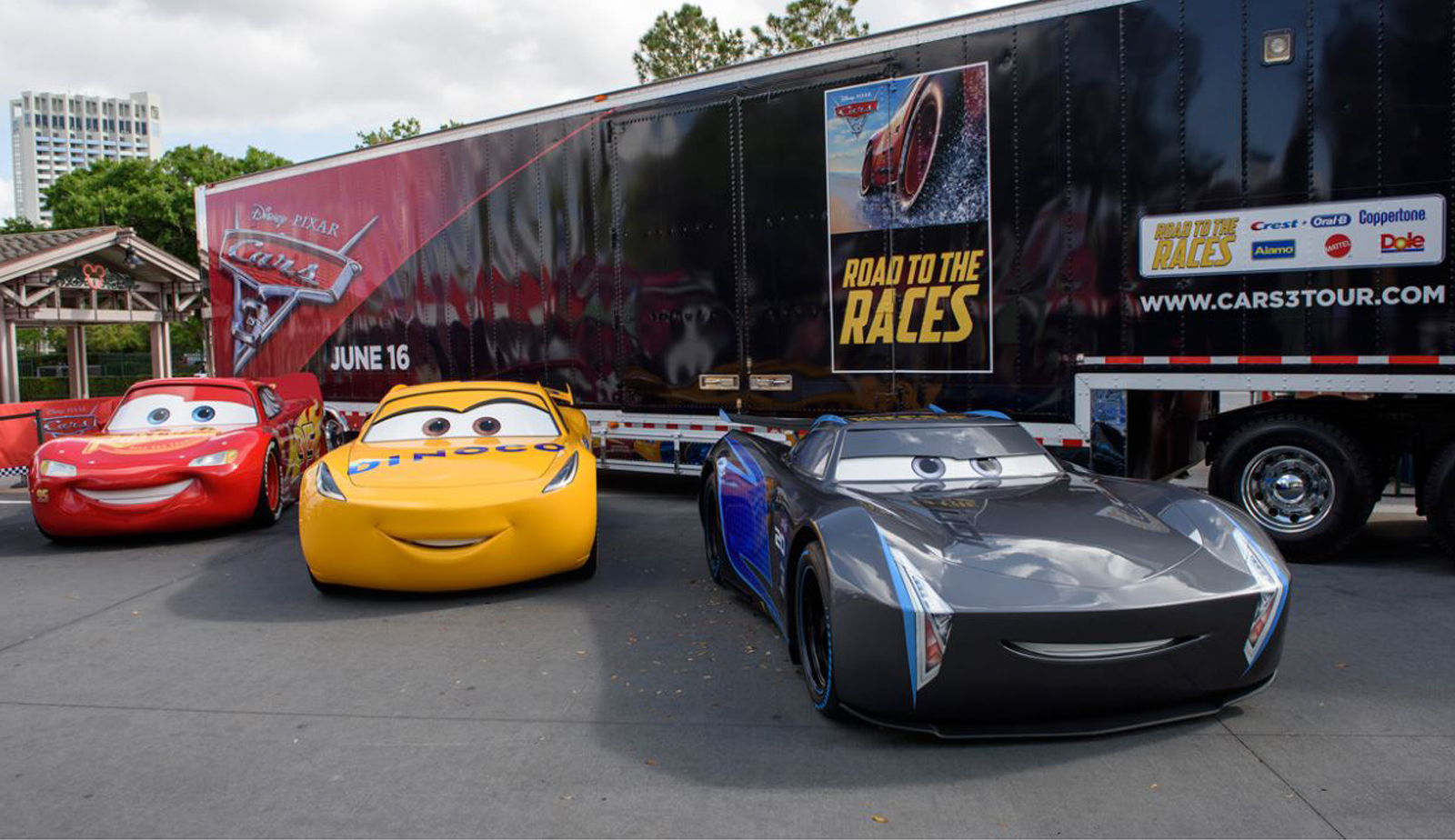 ST 3 Lightning McQueen on Gate - Recent Projects