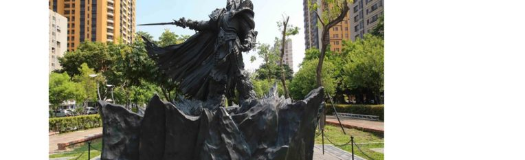 Blizzard 4,000 lb. Arthas Statue shipped and unveiled in Taiwan