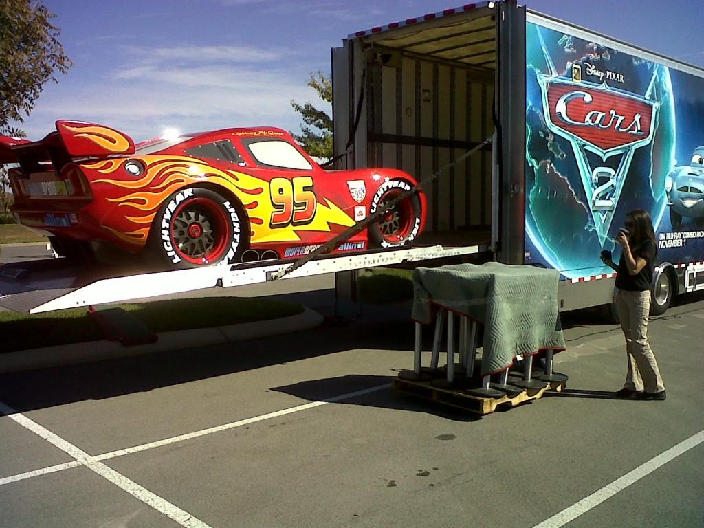 ST 3 Lightning McQueen on Gate